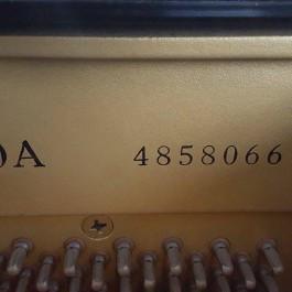 Yamaha U30A (Serial 4858066)